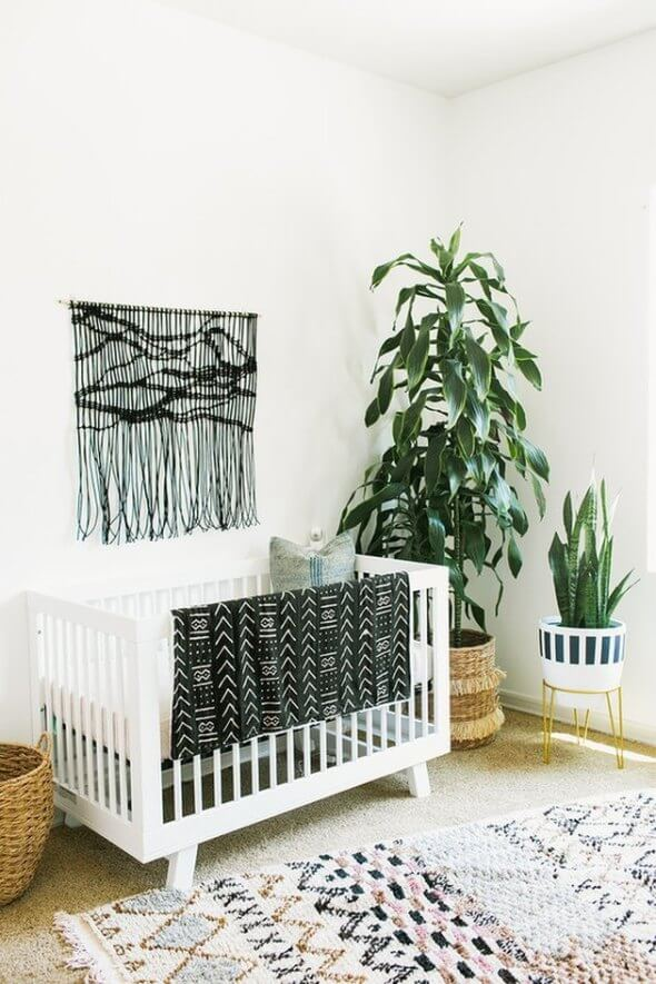 Staggering baby boy nursery wall ideas