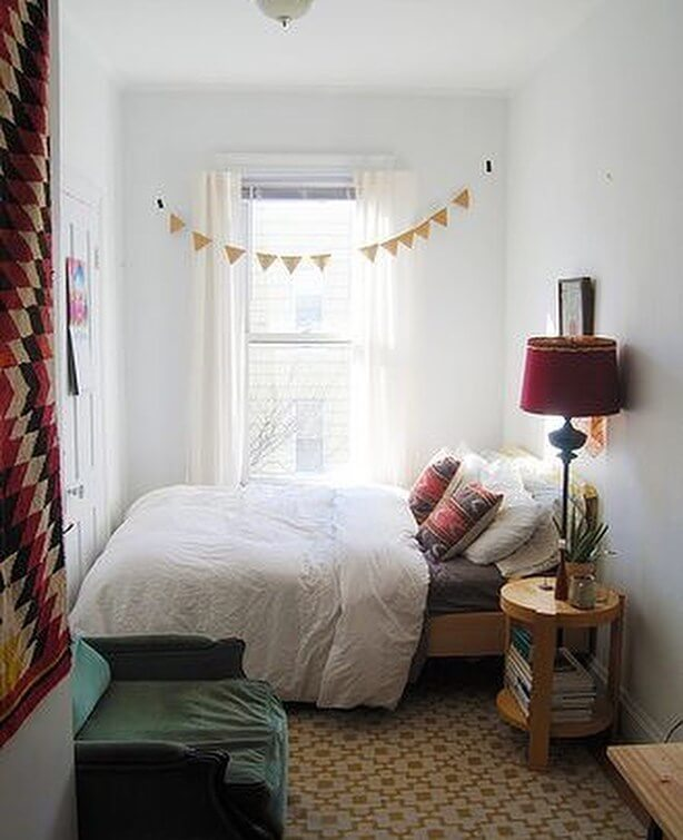 Surprising small bedroom makeover ideas on a budget