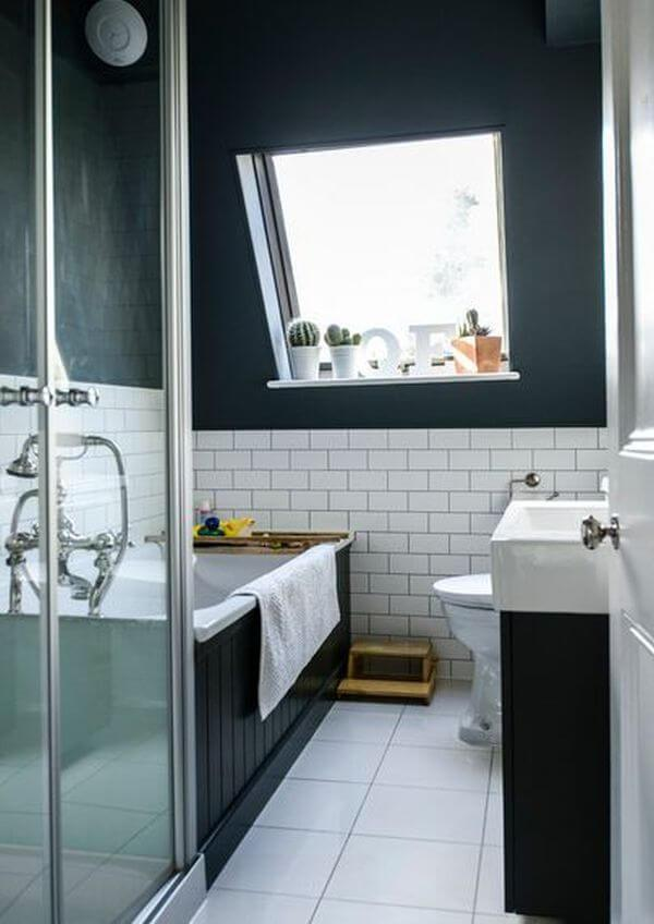 Midnight Blue and White Bathroom