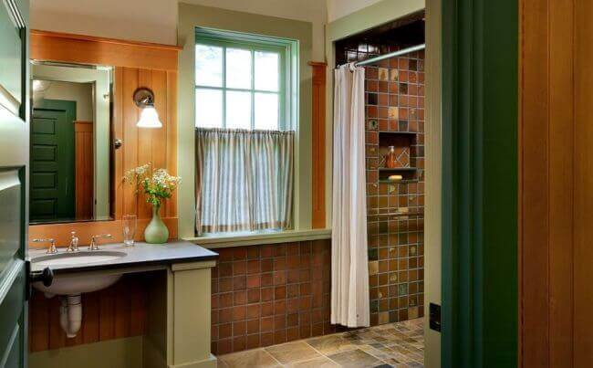 Brick Red and Forest Green Bathroom