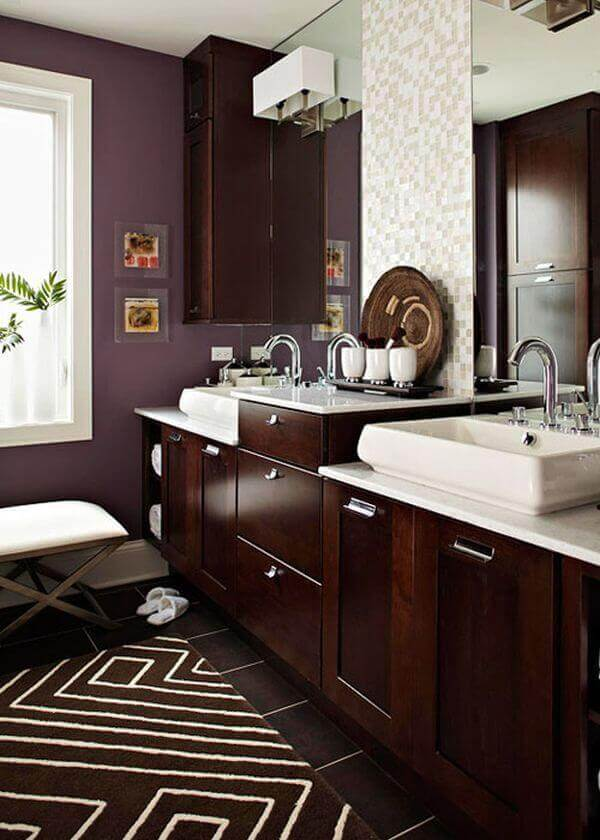 Chocolate and Cream bathroom