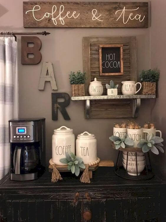 Striking coffee bar for house