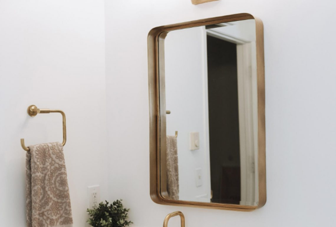 Golden Feature bathroom mirror dreamland