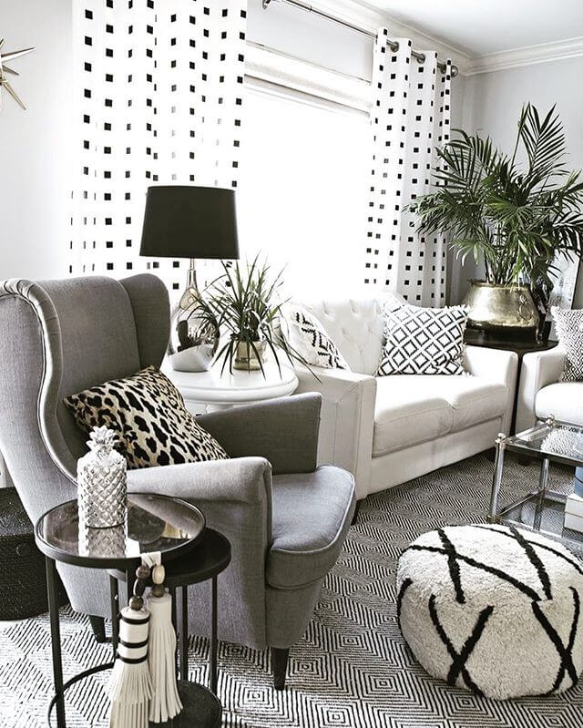 Living room curtain ideas -Black and White Rectangle Pattern with Folding Feature