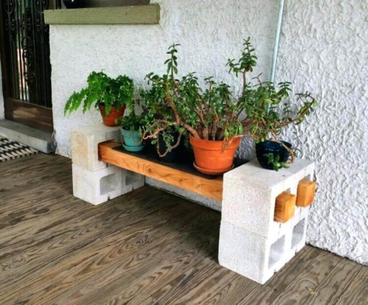 diy plant stand from cinder blocks