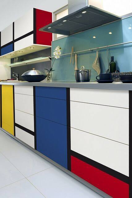 Kitchen cabinet bold colors