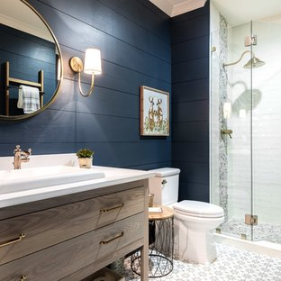 Brilliant gray and navy bathroom