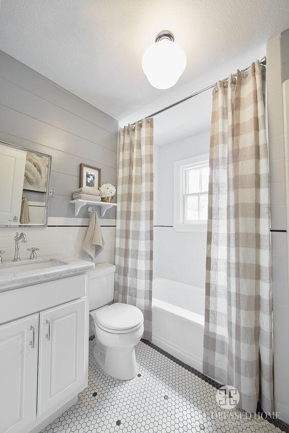 Bathroom with Shower Curtains