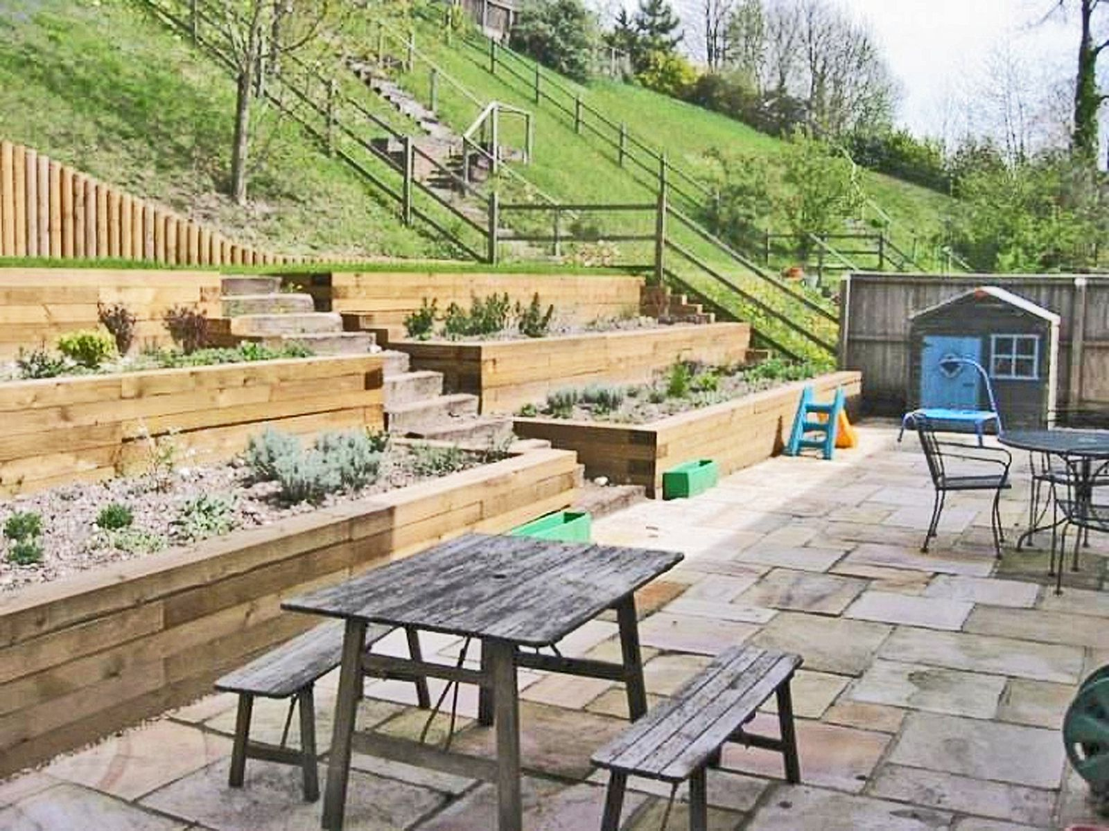 Wooden Wall Landscape for Backyard Garden