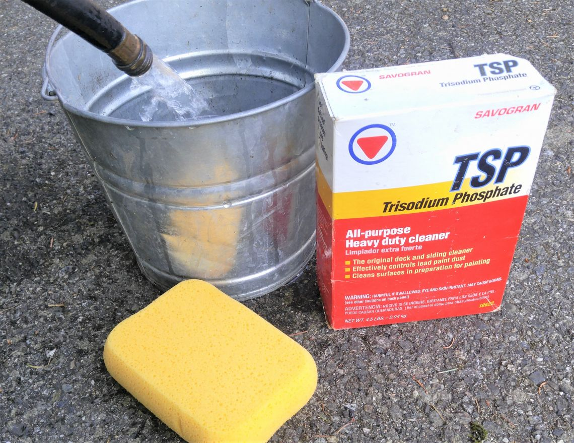 cleaning concrete patio with tsp